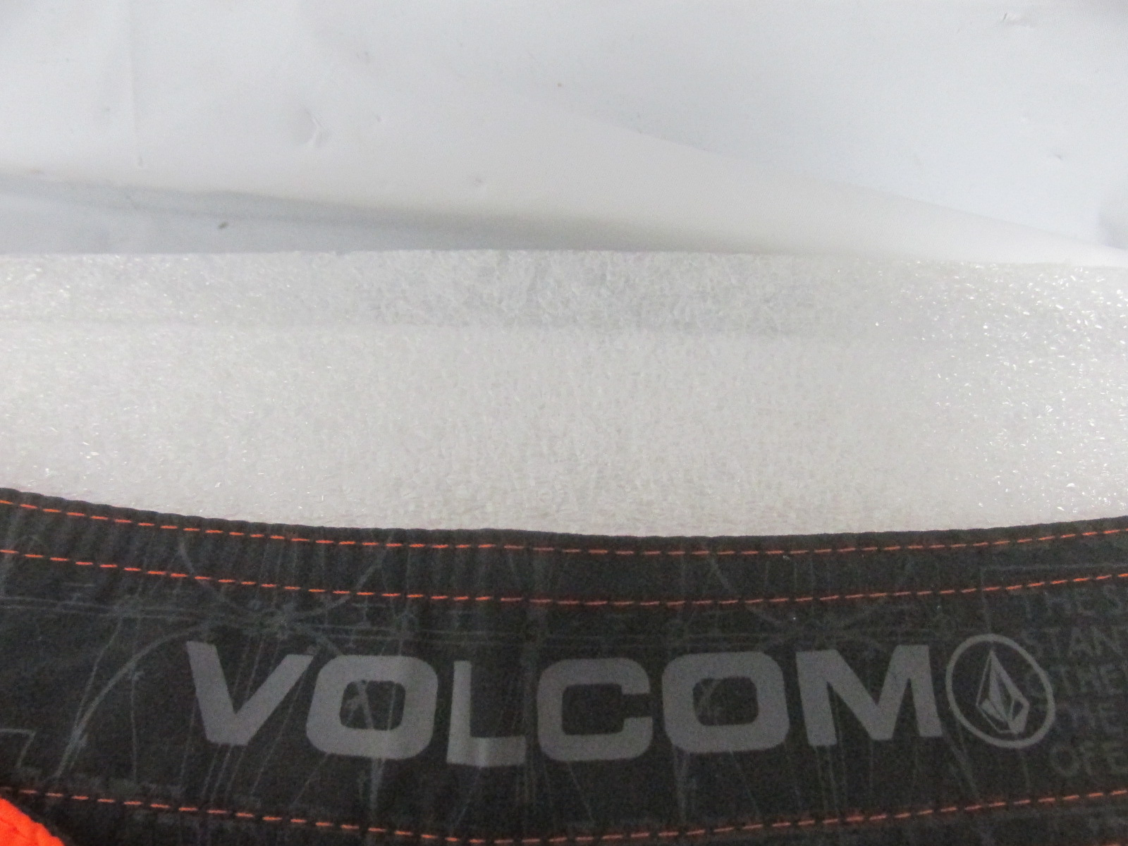 Phoenix Men S Volcom Shorts Online Auction Auction